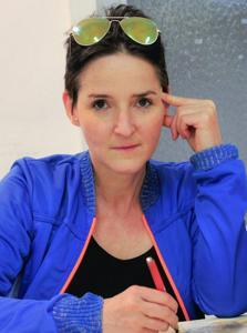 Klaudia Stoll
